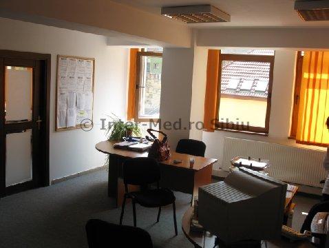 Inchiriez birou 36mp sau 72mp  in cladire de birouri Sibiu